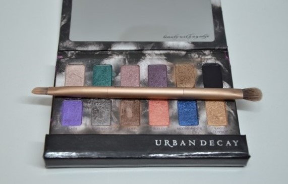 7-urban-decay-shadowbox-review-swatches-365-beauty-tips