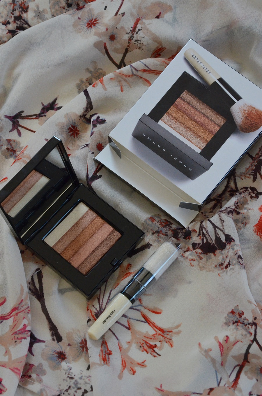 10-bobbi-brown-shimmer-brick-bronze-review-swatches-365-beauty-tips