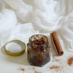 7-diy-cinnamon-honey-plumping-lip-scrub-365-beauty-tips